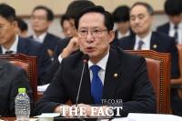 [TF춘추聞] '트러블메이커' 송영무, '개각' 때 교체 가능성은?