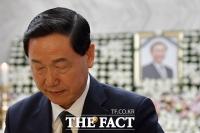 [TF포토] 故 노회찬 빈소, '김상곤·신동욱·박주민…정계 애도 물결'