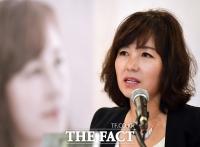[TF포토] 공지영, 5년 만의 신작 '해리' 출간