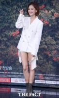 [TF포토] '이젠 배우라 불러주세요'…김재경, '아찔한 하의실종 패션'