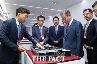 [TF포토] SK하이닉스 M15 반도체공장 준공식 참석한 문재인 대통령
