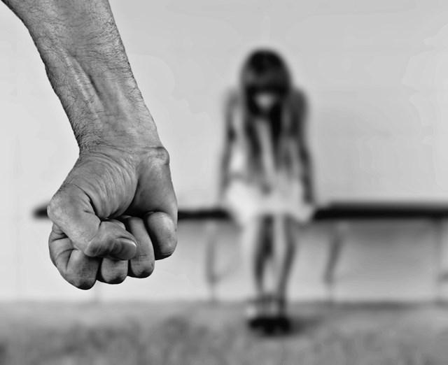 최근 5년간 데이트폭력 형사 입건 수는 총 3만 9899건으로, 가해자 중에서는 20대가 가장 많았다. 사진은 기사와 무관. /pixabay