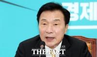 [TF초점]손학규의 좌고우면…  당 지지율 안오르고 한국당 '당 통합'  압박