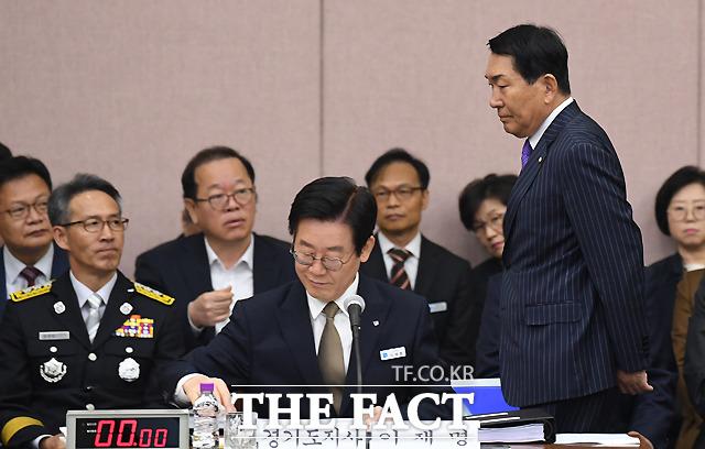 안상수 자유한국당 의원, 아예 못 봄
