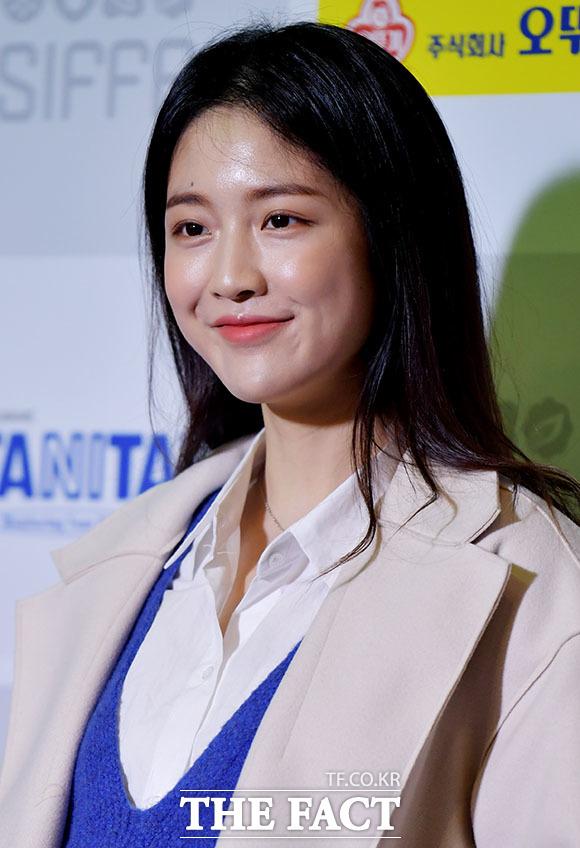 배우 유리나