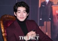[TF사진관] 윤계상, '저랑 같이 한잔하실래요?'