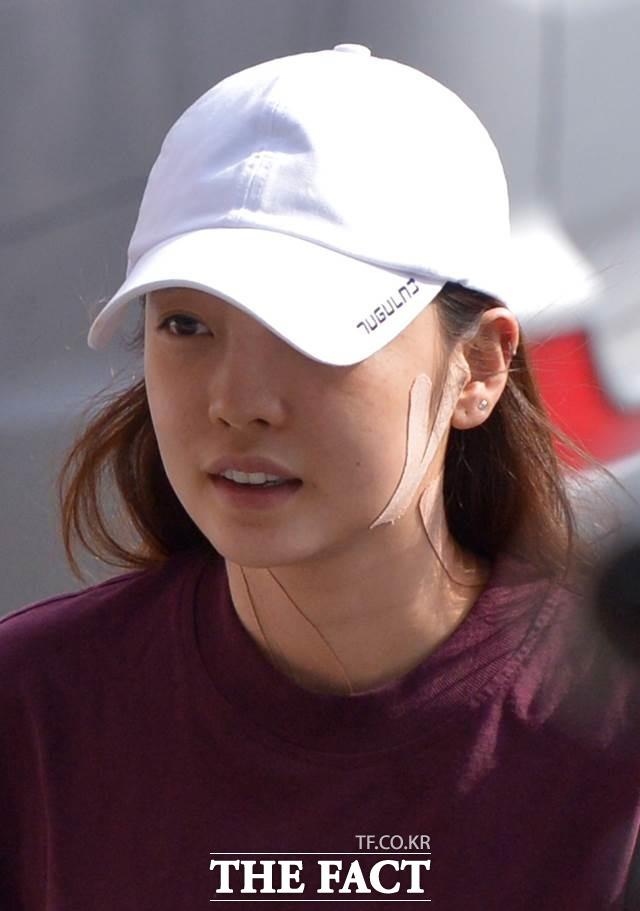 최근 전 남자친구와 폭행 논란으로 물의를 빚은 가수 구하라가 일본 팬미팅 개최 소식을 전했다./더팩트 DB