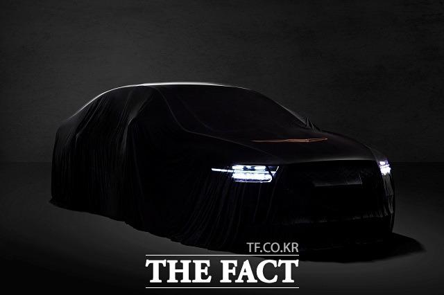 제네시스는 자사 초대형 세단  EQ900의 페이스리프트 모델 G90를 출시, 수입 럭셔리 세단과 경쟁에 나섰다. /제네시스 제공