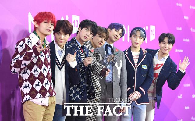 그룹 방탄소년단은 1일 오후 서울 구로구 고척스카이돔에서 열린 2018 멜론 뮤직 어워드에서 7관왕에 올랐다. /임세준 기자
