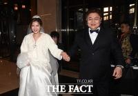 [TF포토] 정재용-선아, '결혼식 앞두고 함박 웃음'