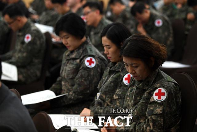 토론회 참석한 육군 의무대 관계자들... 군 의료 발전을 위해!