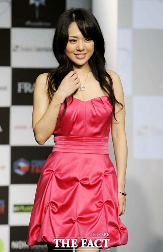 아오이 소라는 자신의 SNS에 임신 5개월째에 접어들었다고 밝혔다. /더팩트DB