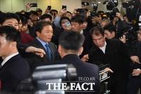 [TF주간政談] 한국당 '복귀' 이학재, 기자실로 피신한 이유