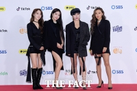 [TF포토] 마마무, '노래부터 패션까지…매력 포텐 팡팡!'