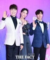 [TF포토] 박수홍-한고은-김종국, 'SBS 연예대상 MC랍니다~'
