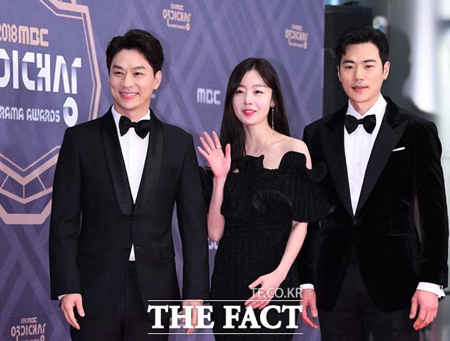 드라마 데릴 남편 오작두의 정상훈과 한선화, 김강우(왼쪽부터)