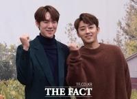 [TF포토] 유연석-손호준, '셰프와 바리스타로 돌아온 칠봉이-해태'