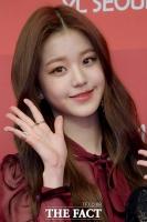 [TF포토] 아이즈원 장원영, '믿을 수 없는 요정미모'