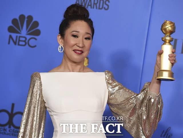 한국계 캐나다 배우 산드라 오가 제76회 골든글로브에서 여우주연상을 받았다. /베벌리힐스(미국)=AP.뉴시스