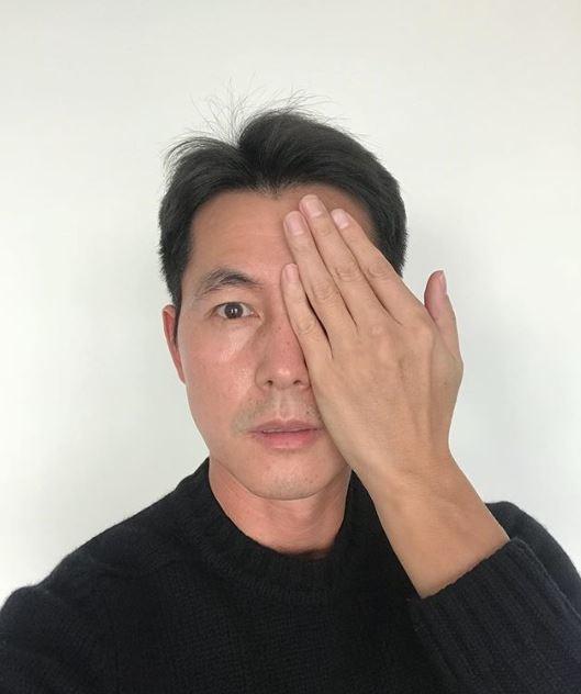 정우성이 자신이 한 발언에 대해 정중한 사과 글을 남겼다. /정우성 인스타그램