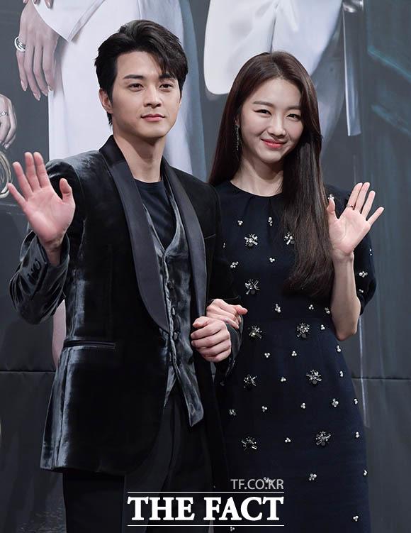 김지훈(왼쪽)과 장희진