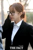 [강일홍의 연예가클로즈업] '원조 요정' 슈와 '도박 추락', 사랑만큼 아프다