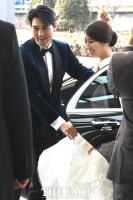 [단독포착] '비공개 결혼식' 이필모-서수연, 해피엔딩 된 '연애의 맛'