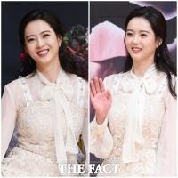 [TF포토] '청순+단아' 고아라, '꽃보다 아름다운 미소'