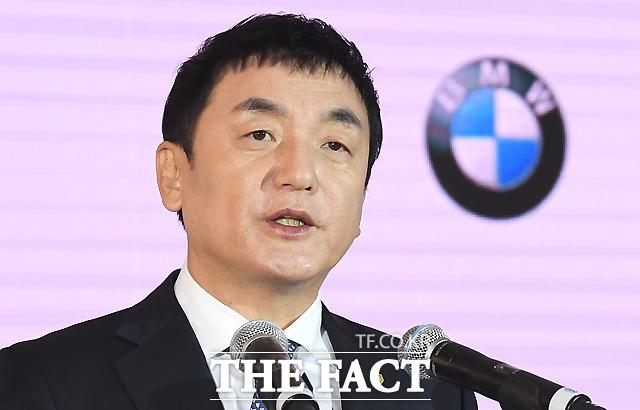 후원식서 인사말하는 권오수 도이치모터스 회장