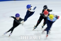 [TF포토] 전국동계체육대회 준결승에서 역주하는 김아랑