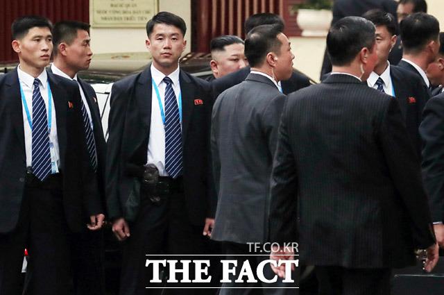 주 베트남 북한 대사관 방문한 김정은 위원장
