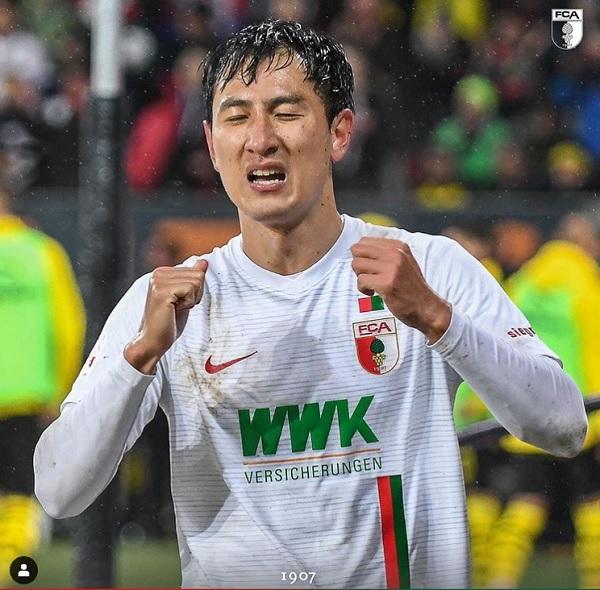 지동원 멀티골 독일 분데스리가 아우크스부르크 지동원이 보루시아 도르트문트와의 경기에서 멀티골을 터뜨리며 팀 승리를 이끌었다. /아우크스부르크 인스타그램 캡처