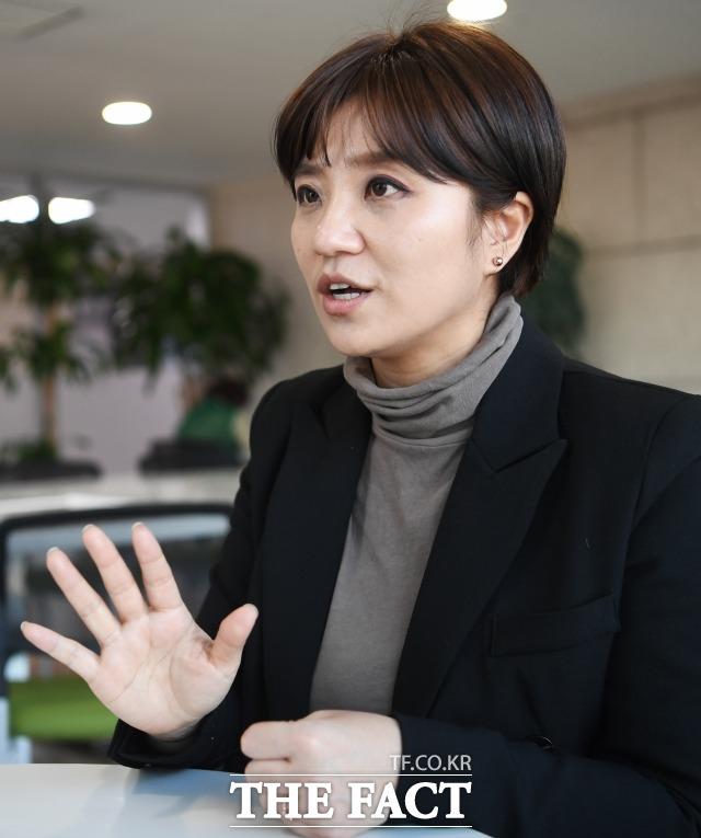바른미래당 김소연 대전 시의원은 제가 생각할 땐 그들은 범죄자였고, 그런 이들과 정치하고 싶지 않았다며 불법 선거자금 요구 의혹을 폭로하기로 결심했다. /배정한 기자