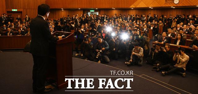 황 대표 발언에 집중된 자유한국당
