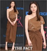 [TF포토] '우아한 원숄더 드레스'…나나, '그리스 여신처럼'