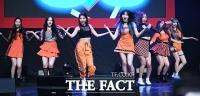 [TF포토] '7인조 컴백' 모모랜드, '신나는 댄스타임!'
