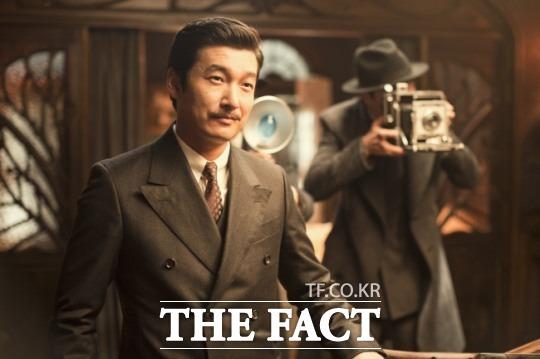 2015년 개봉한 영화 암살에 등장하는 약산 김원봉(조승우)