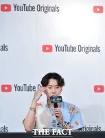 [TF포토] 박재범, '데뷔 후 10년 담은 인생스토리 공개'