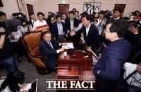 국회 사개특위, 한국당 반발 속 공수처·검경수사권 패스트트랙 지정