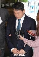 [TF포토] '버닝썬 게이트' 유인석 전 대표 영장실질심사 출석