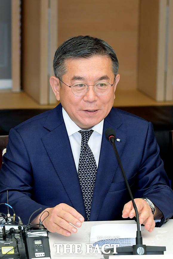 인사말 하는 김준동 대한상공회의소 상근부회장