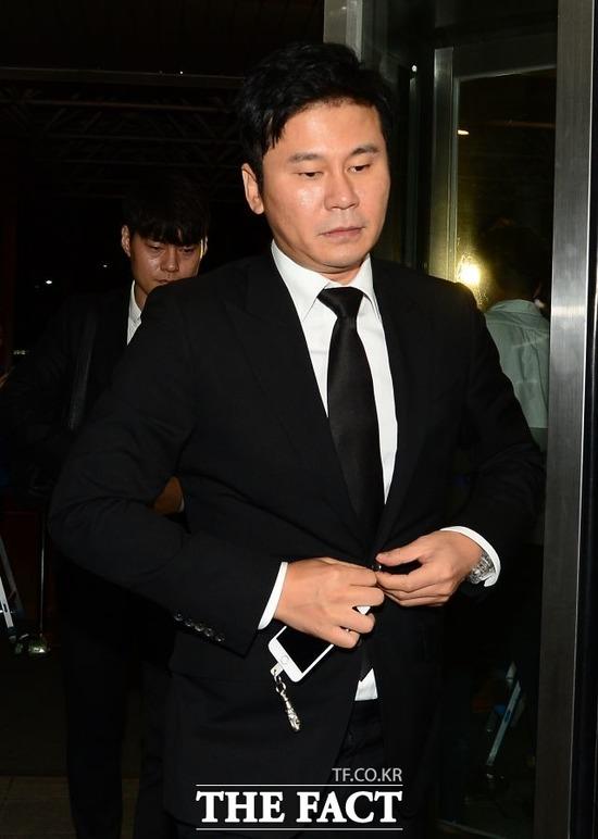 스트레이트 팀 고은상 기자는 양현석이 성 접대를 한 현장에 황하나가 있었다고 주장했다. /더팩트 DB