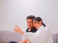 [강일홍의 연예가클로즈업] '사랑의 불시착' 현빈·손예진, 열애설 정면돌파