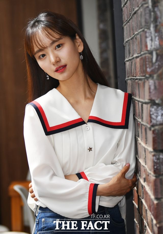 배우 원진아는 영화 롱 리브 더 킹에서 열혈 변호사 강소현 역을 맡았다. /배정한 기자