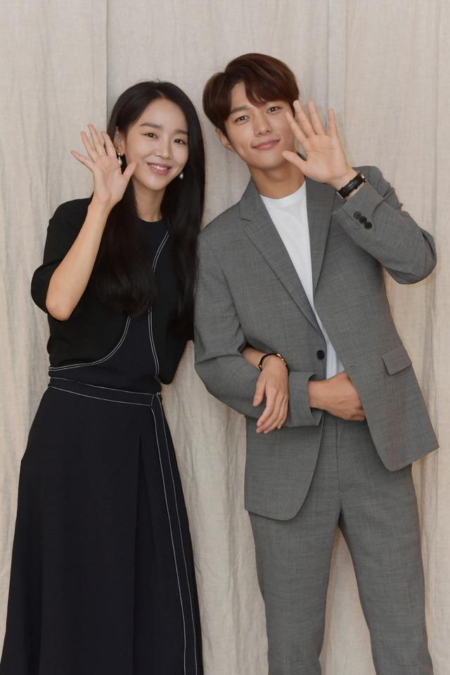 배우 신혜선(왼쪽), 김명수가 시청을 당부하며 관전 포인트를 공개했다. /KBS 제공