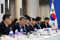 [TF포토] 모두발언하는 권구훈 북방경제협력위원회 위원장