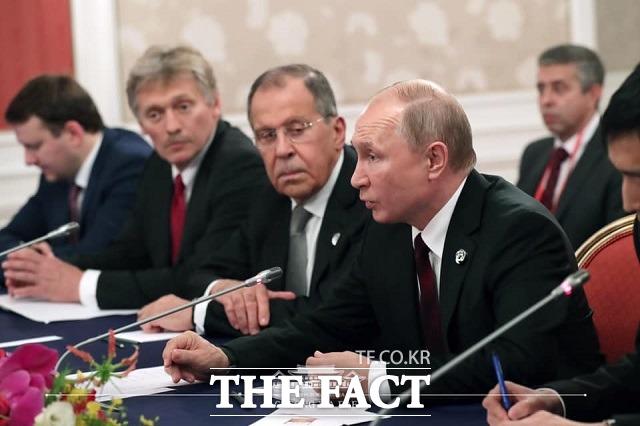 29일 일본 오사카 리갈 로얄 호텔에서 열린 한러 정상회담에서 블라디미르 푸틴 러시아 대통령이 발언하고 있다. /청와대 제공