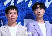 [TF포토] 유해진-류준열, '다른 듯(?) 닮은 두 남자'