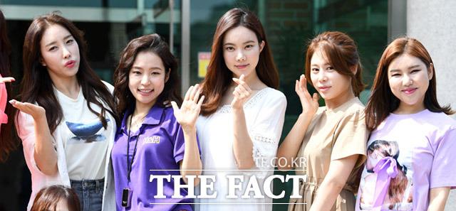 홍자와 김나희, 김소유, 송가인(왼쪽부터)