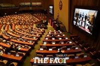 [TF포토] '안보' 질의 쏟아진 대정부 질문
